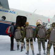 Выполнение программы парашютных прыжков Юнармейцами